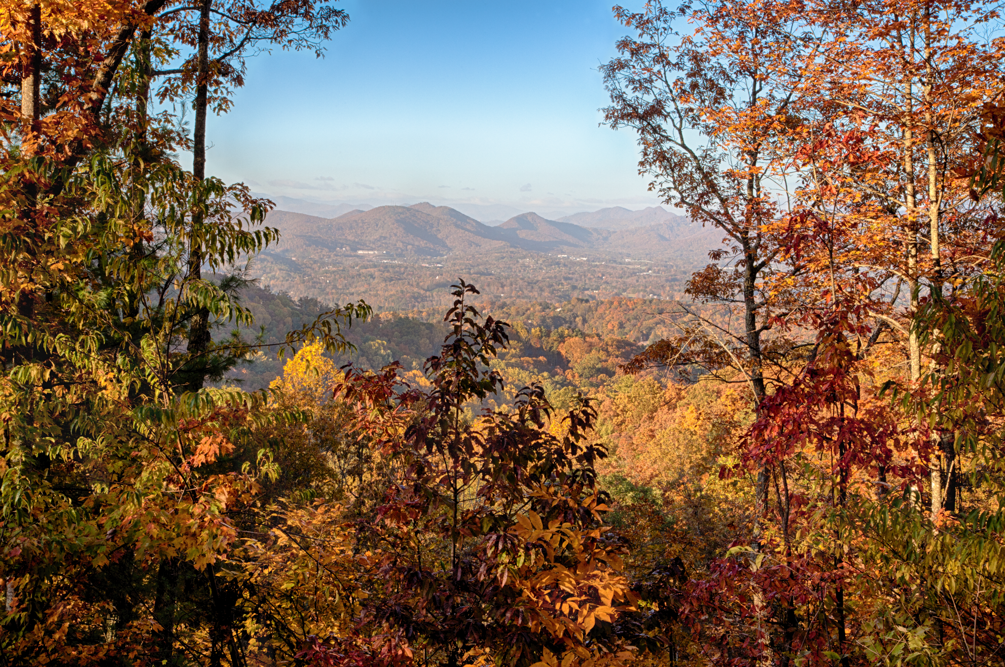 Ventana-Fall-Mountain-Views